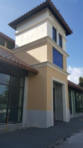 Rollins college bookstore - stucco and precast