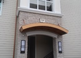 Natural stone veneer entryway